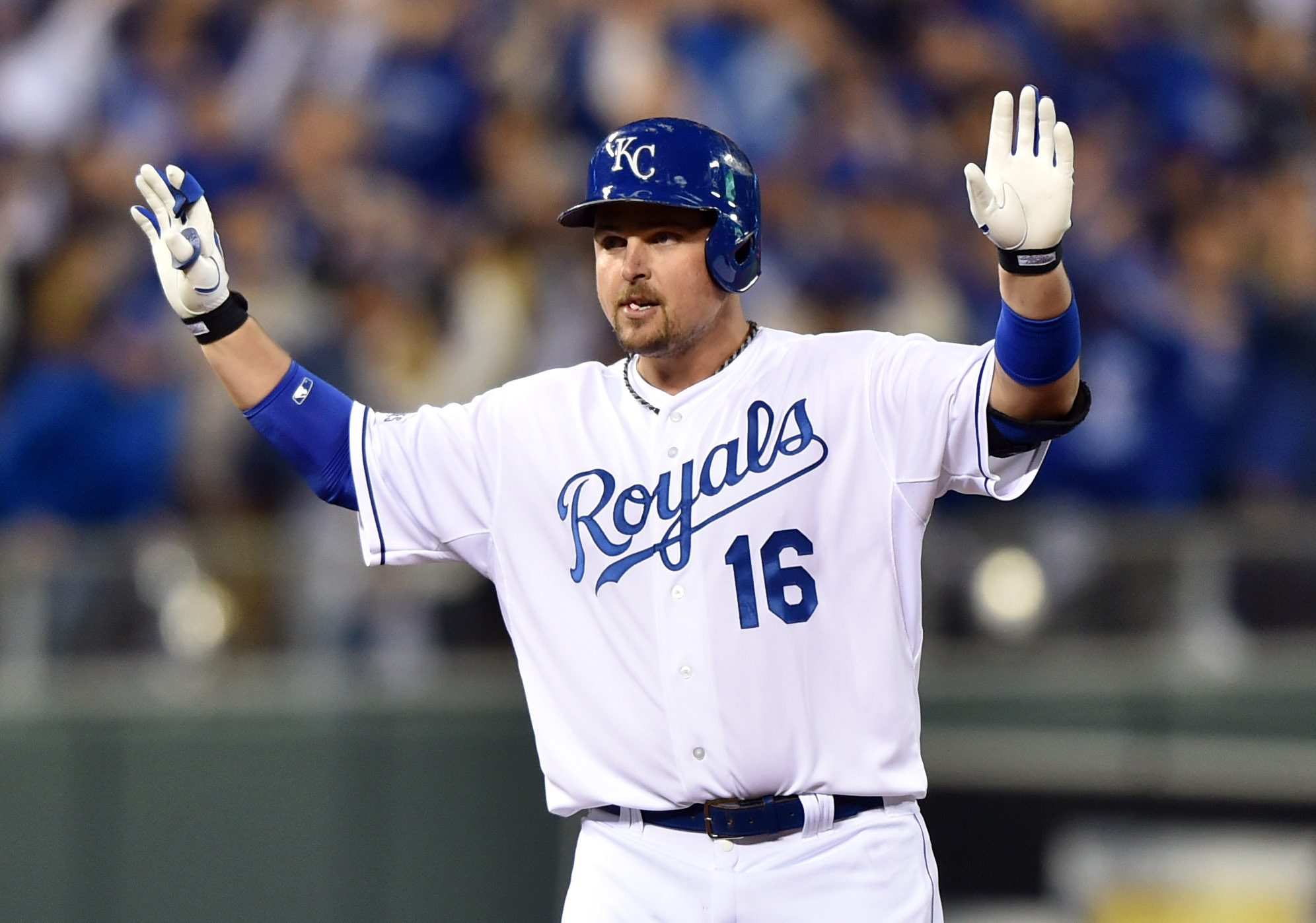Billy Butler reacts after hitting a RBI double against the  Giants in game six. (USAT)