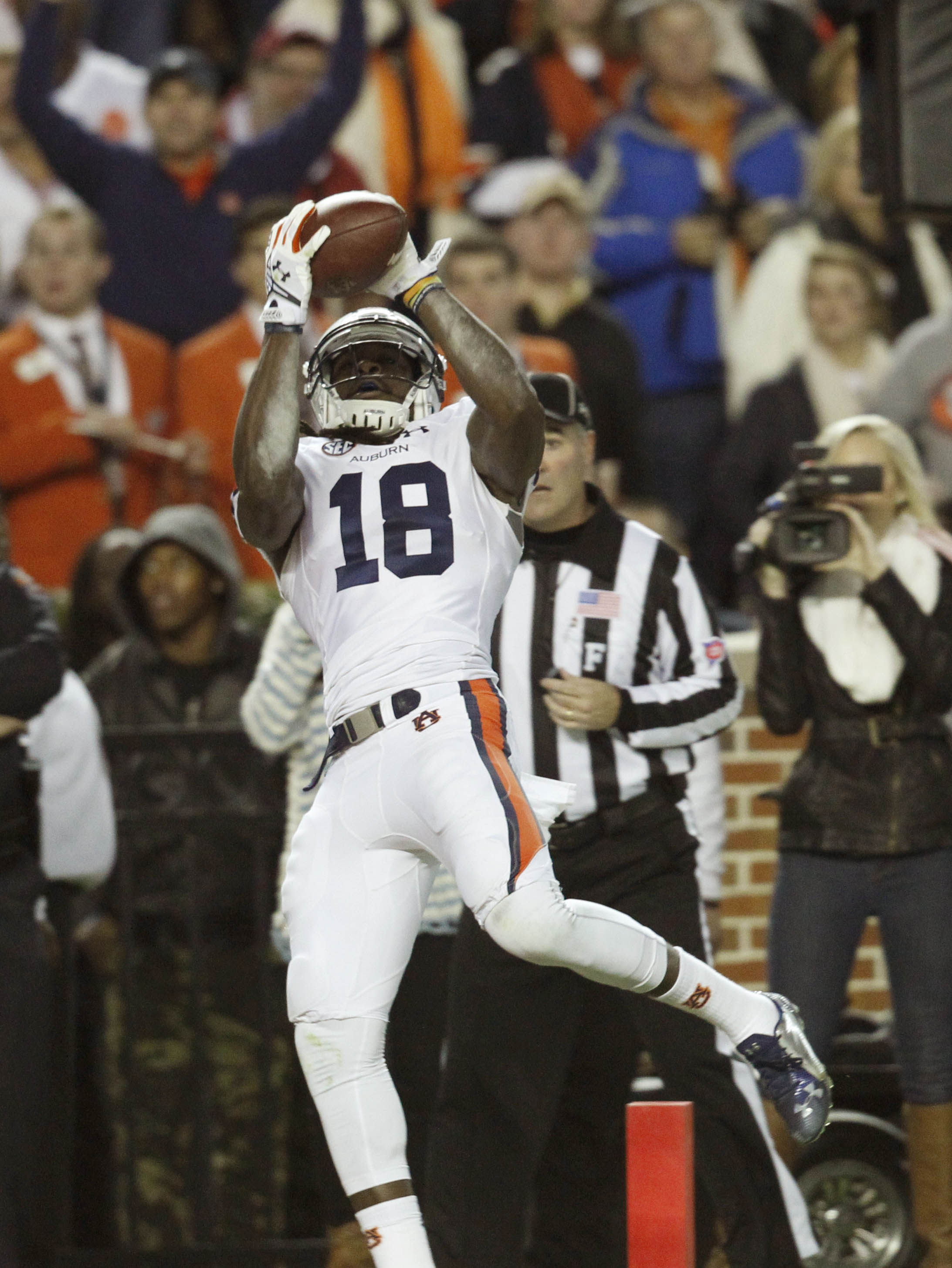 Nov 29, 2014; Tuscaloosa, AL, USA; Auburn Tigers wide receiver Sammie Coates (18) catches a second quarter touchdown pass Alabama Crimson Tide at Bryant-Denny Stadium. (Marvin Gentry-USA TODAY Sports)