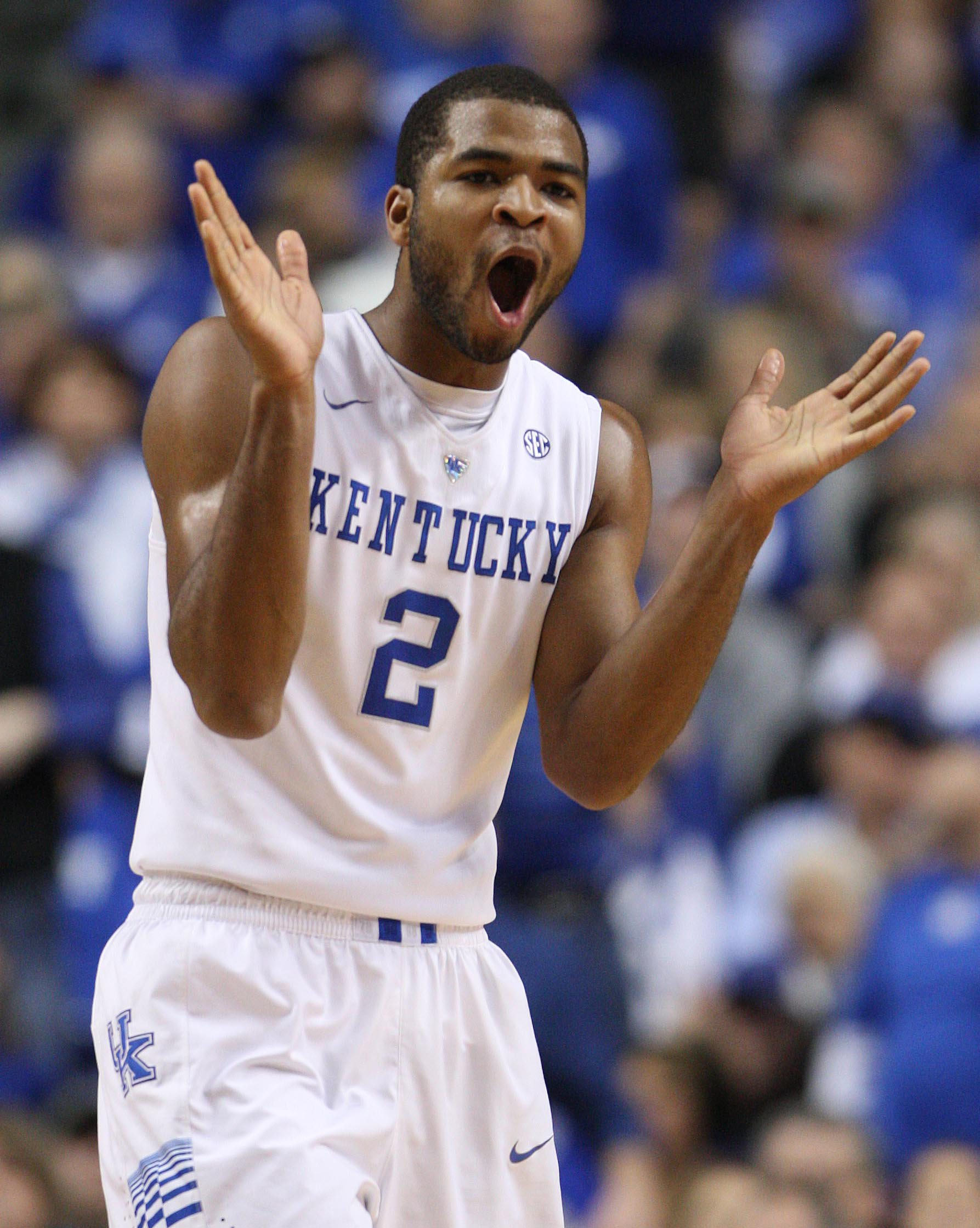 Aaron Harrison and Kentucky will be really tough if they can hit their outside shots. (USA Today Sports)