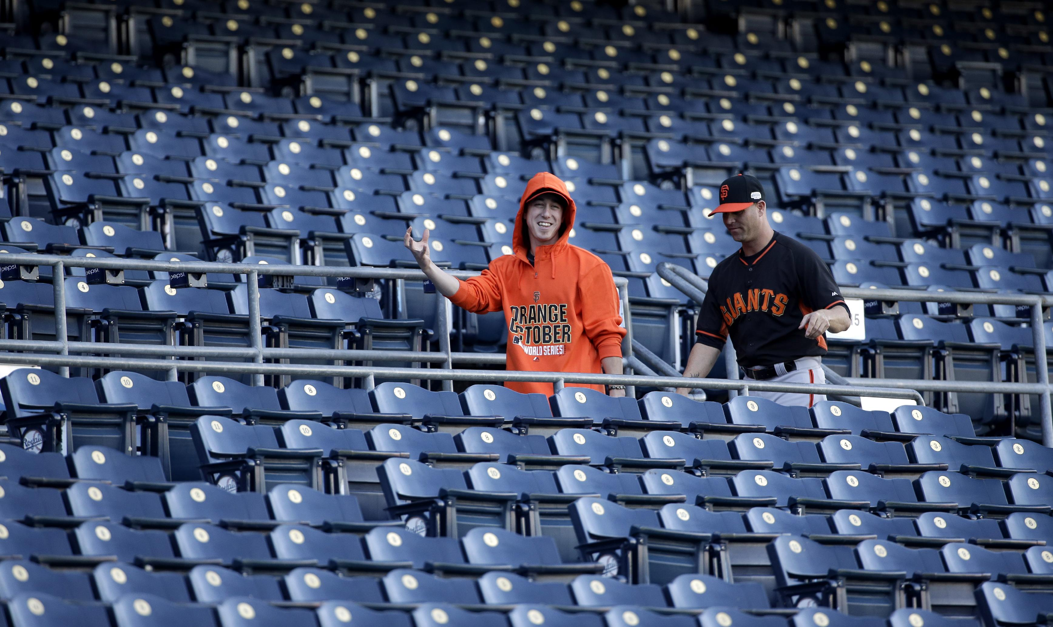 Tim Lincecum was vomiting when Giants were introduced before Ga…
