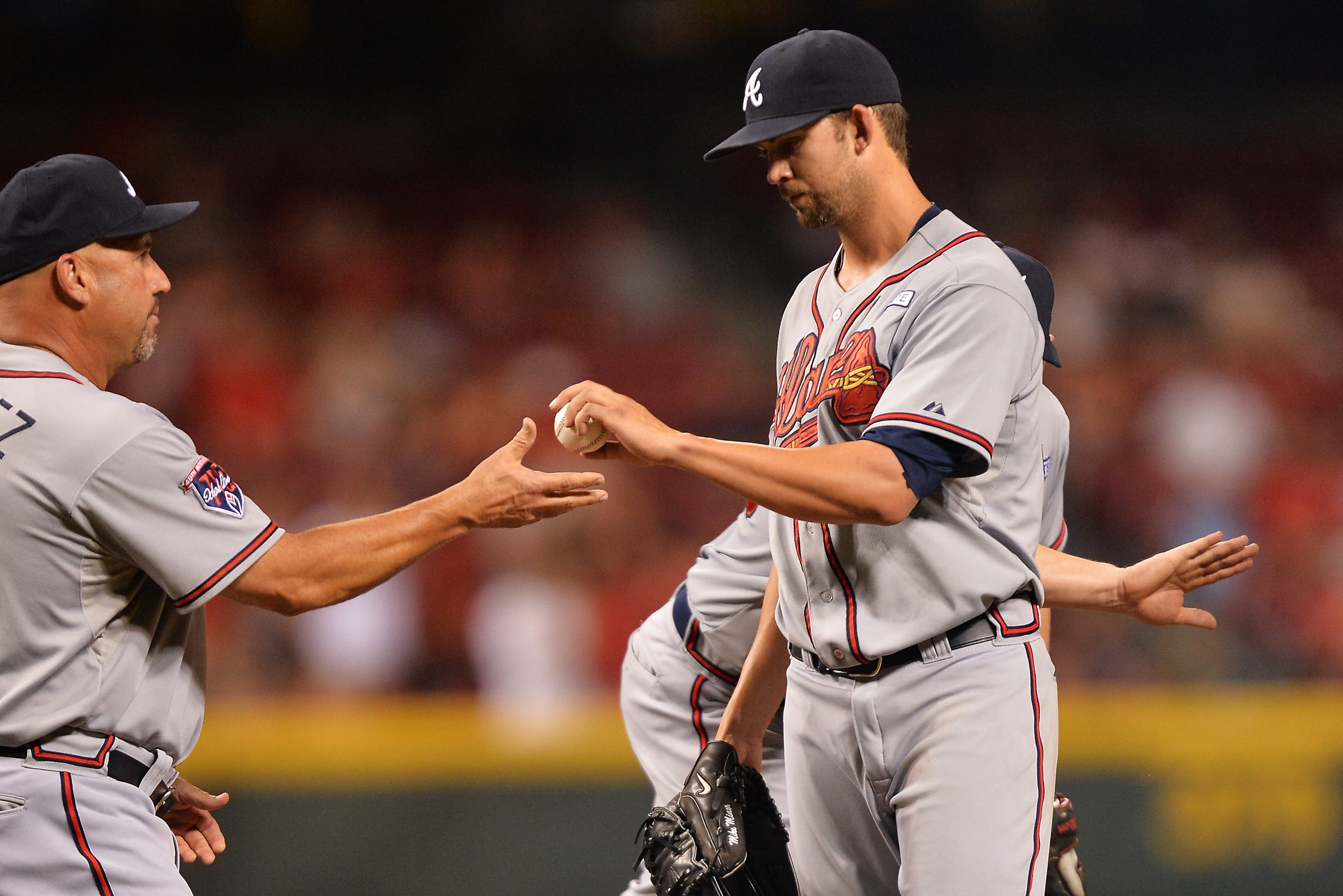 Mike Minor loses no-hitter in eighth, gets no-decision in Brave…