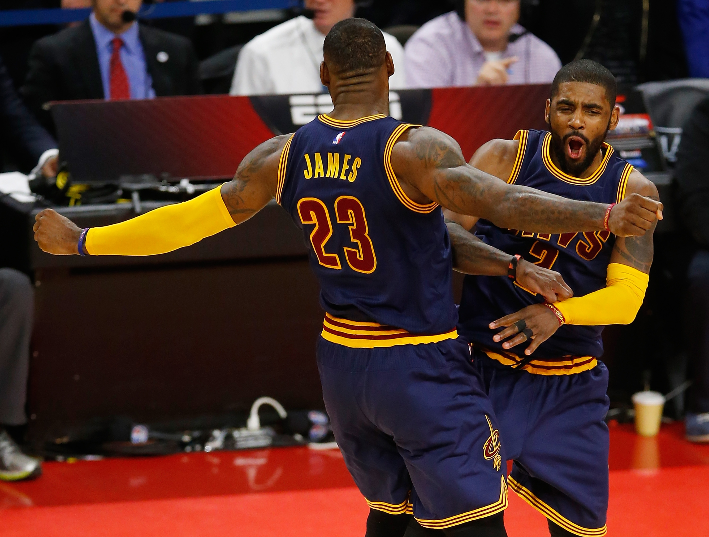 Irving's emerging game gives James, Cavs a big lift