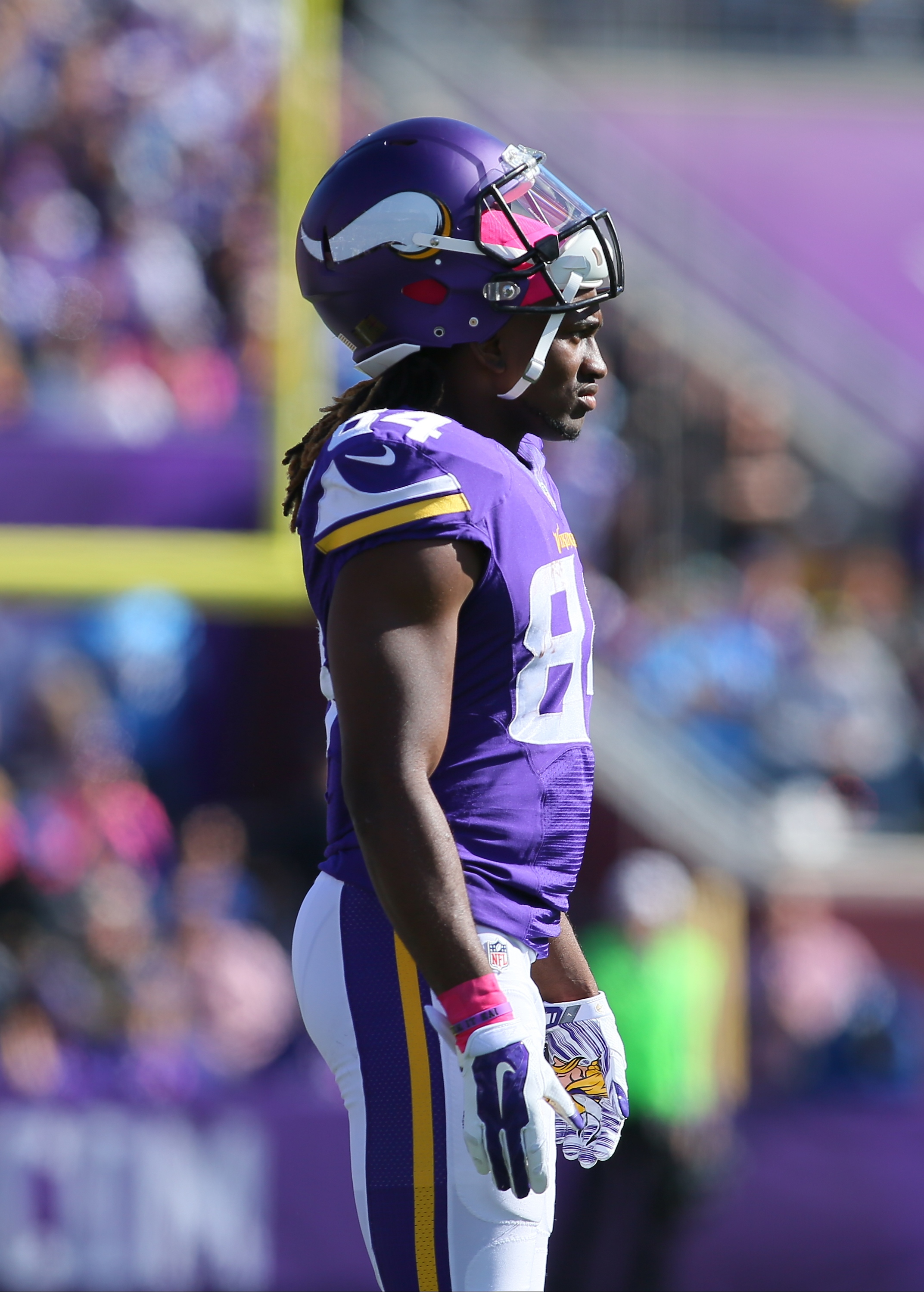 Cordarrelle Patterson, without football. Naturally. (Photo by Adam Bettcher/Getty Images)