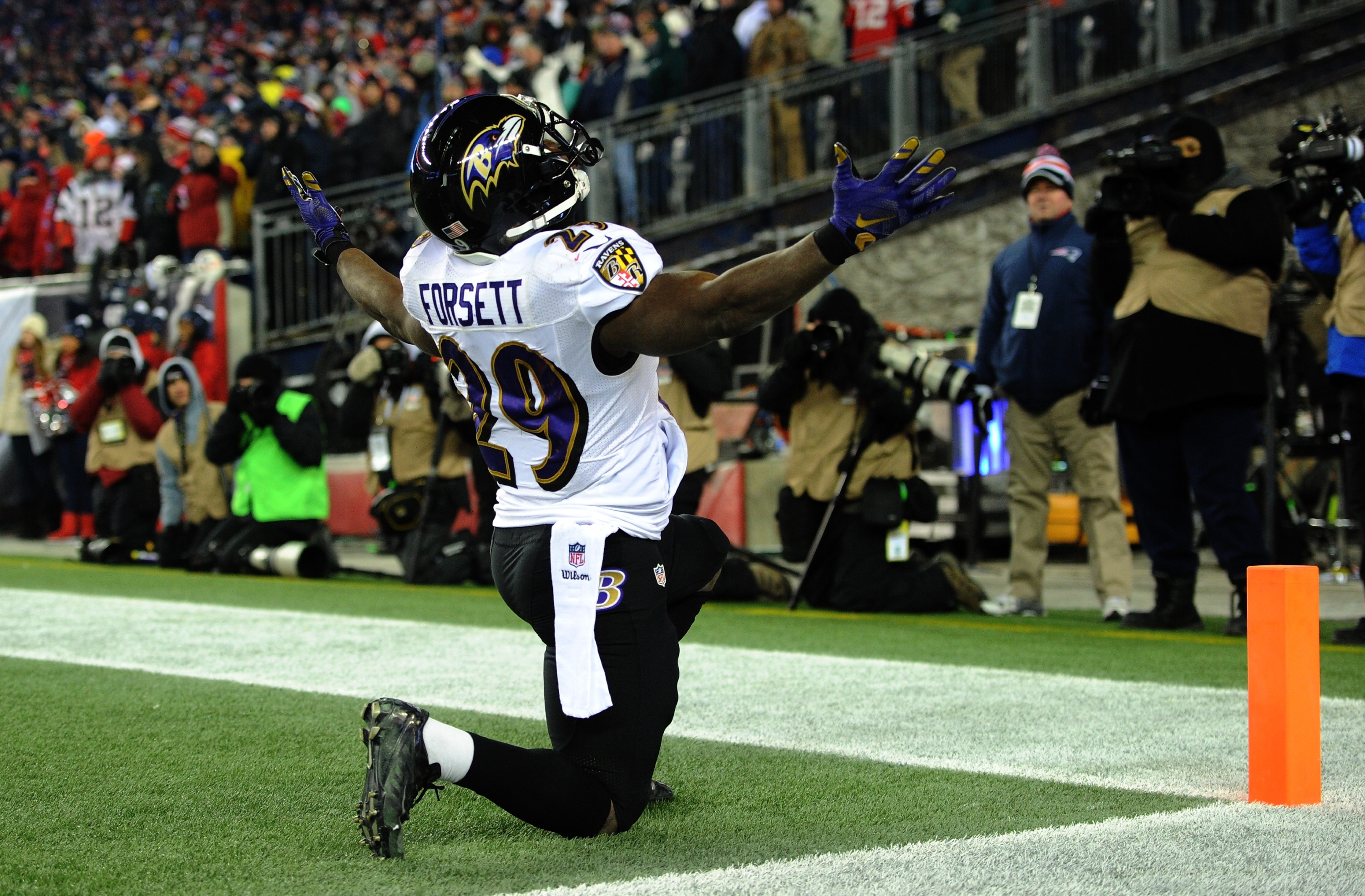 Big numbers can come in small packages. That's certainly the case for Forsett in '15. (Getty)