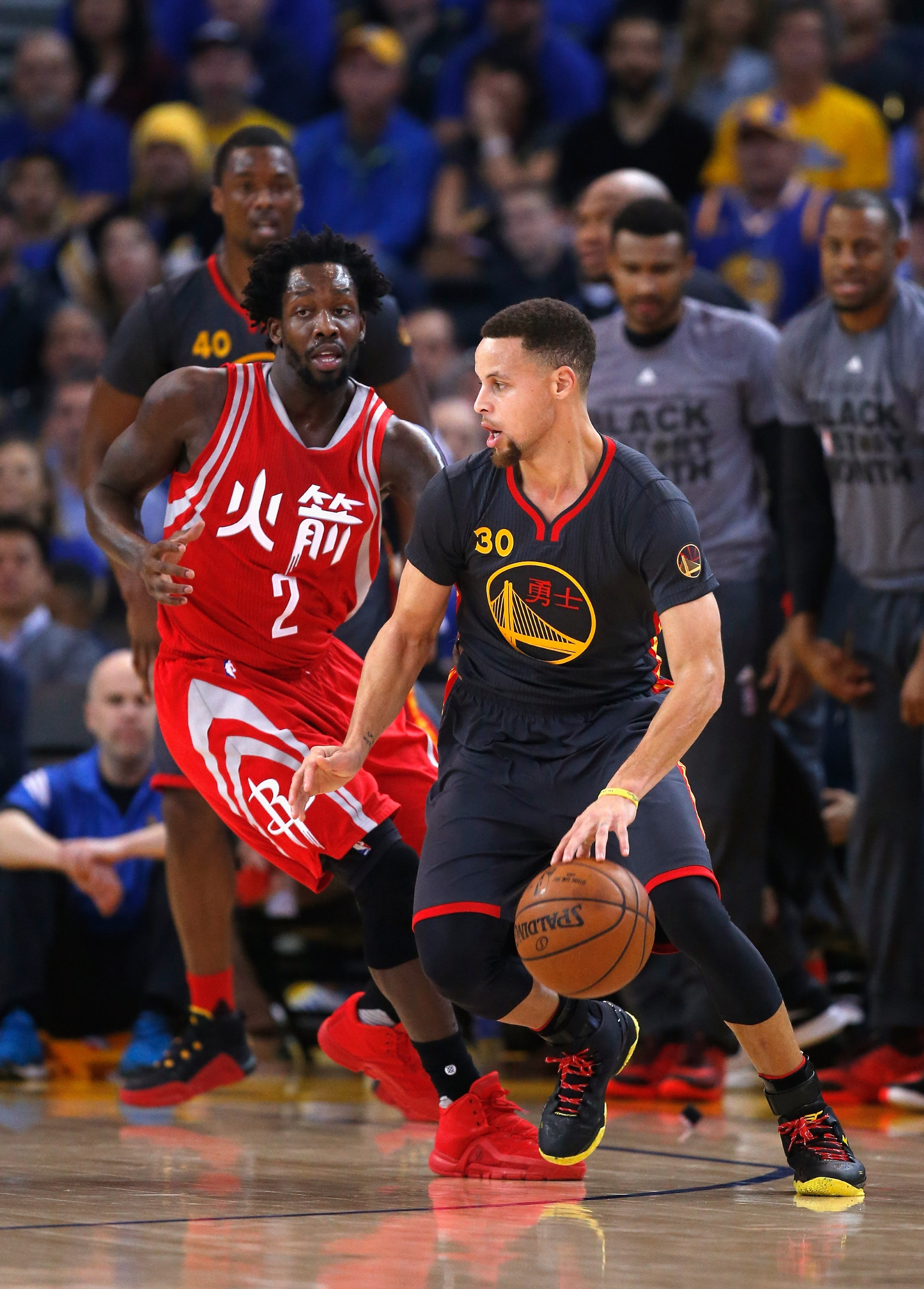 Warriors turn it on late, surge past impressive Rockets