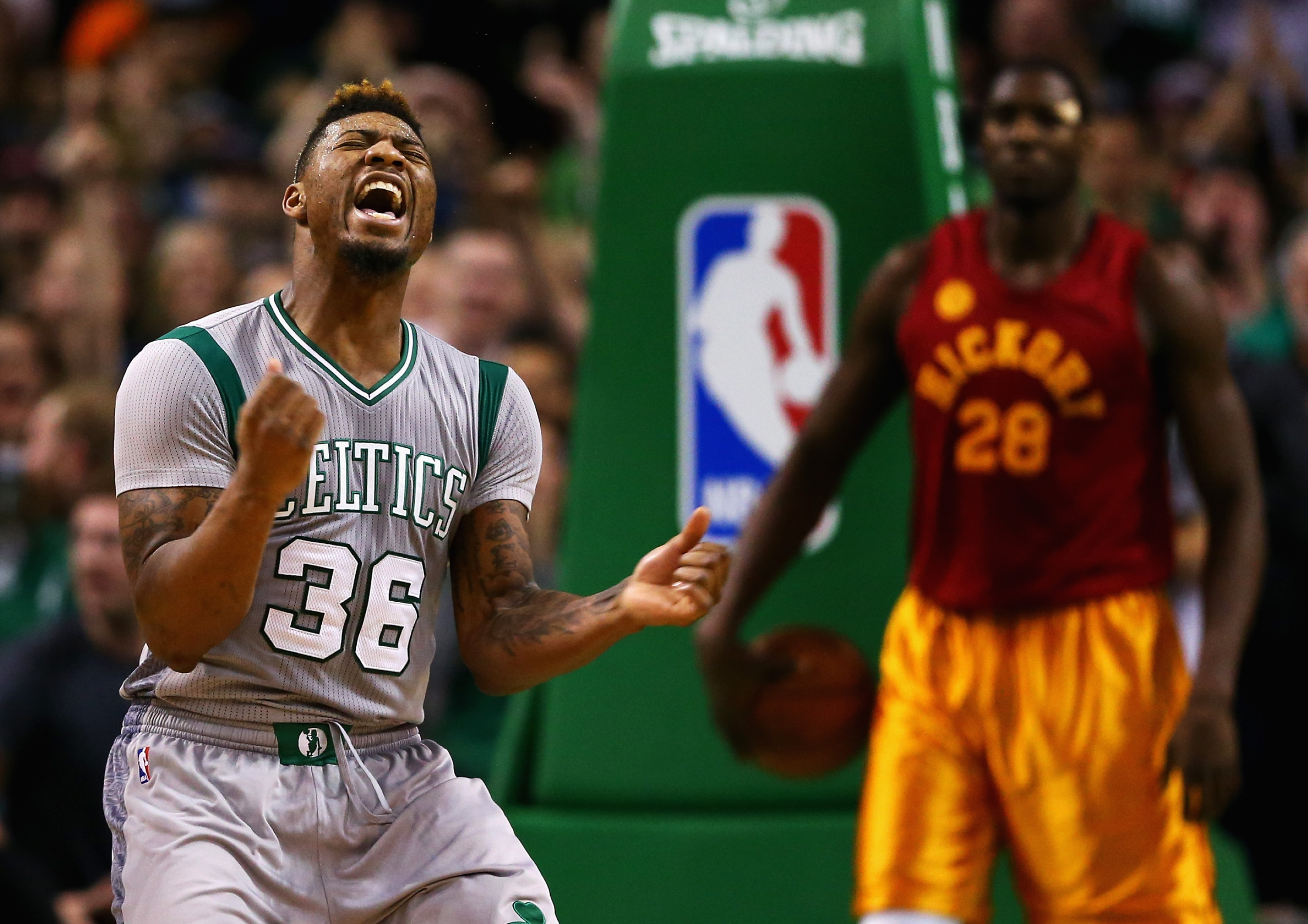 Celtics turn 4 steals into 8 points in 93 seconds to stun Pacer…