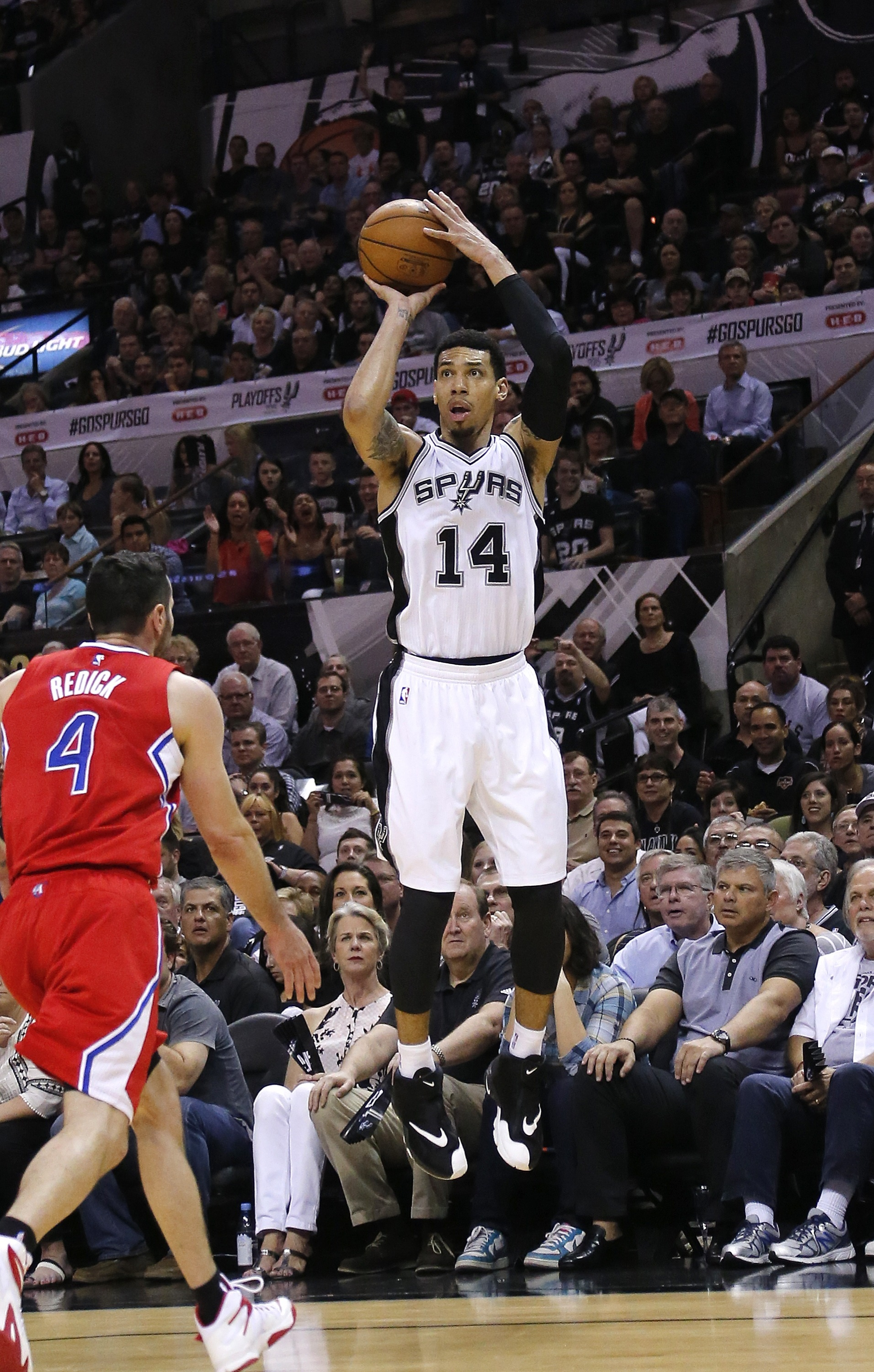 Danny Green will keep firing away in Texas for the next four years. (Chris Covatta/Getty Images)