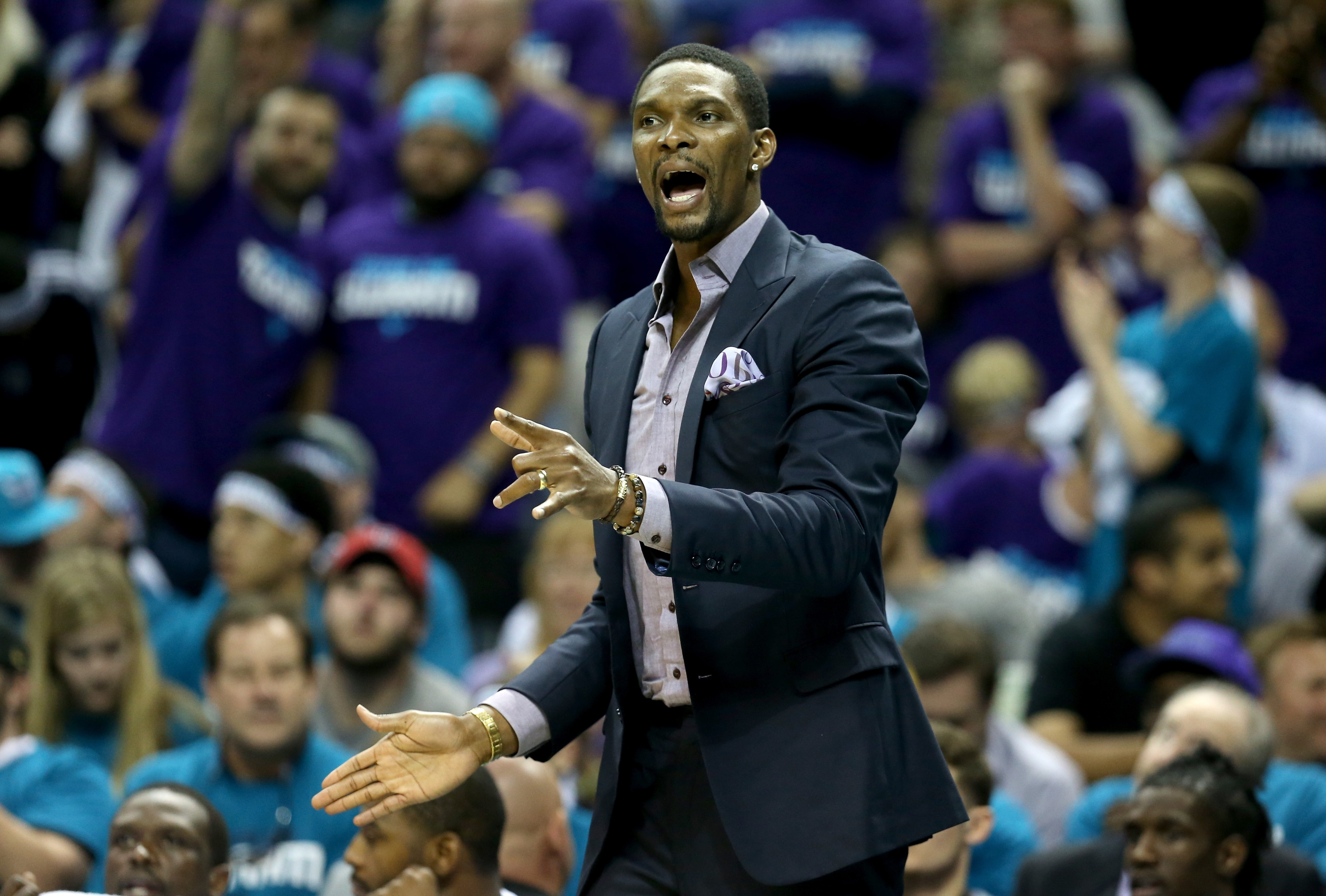 Heat put an end to speculation about Chris Bosh's playoff statu…