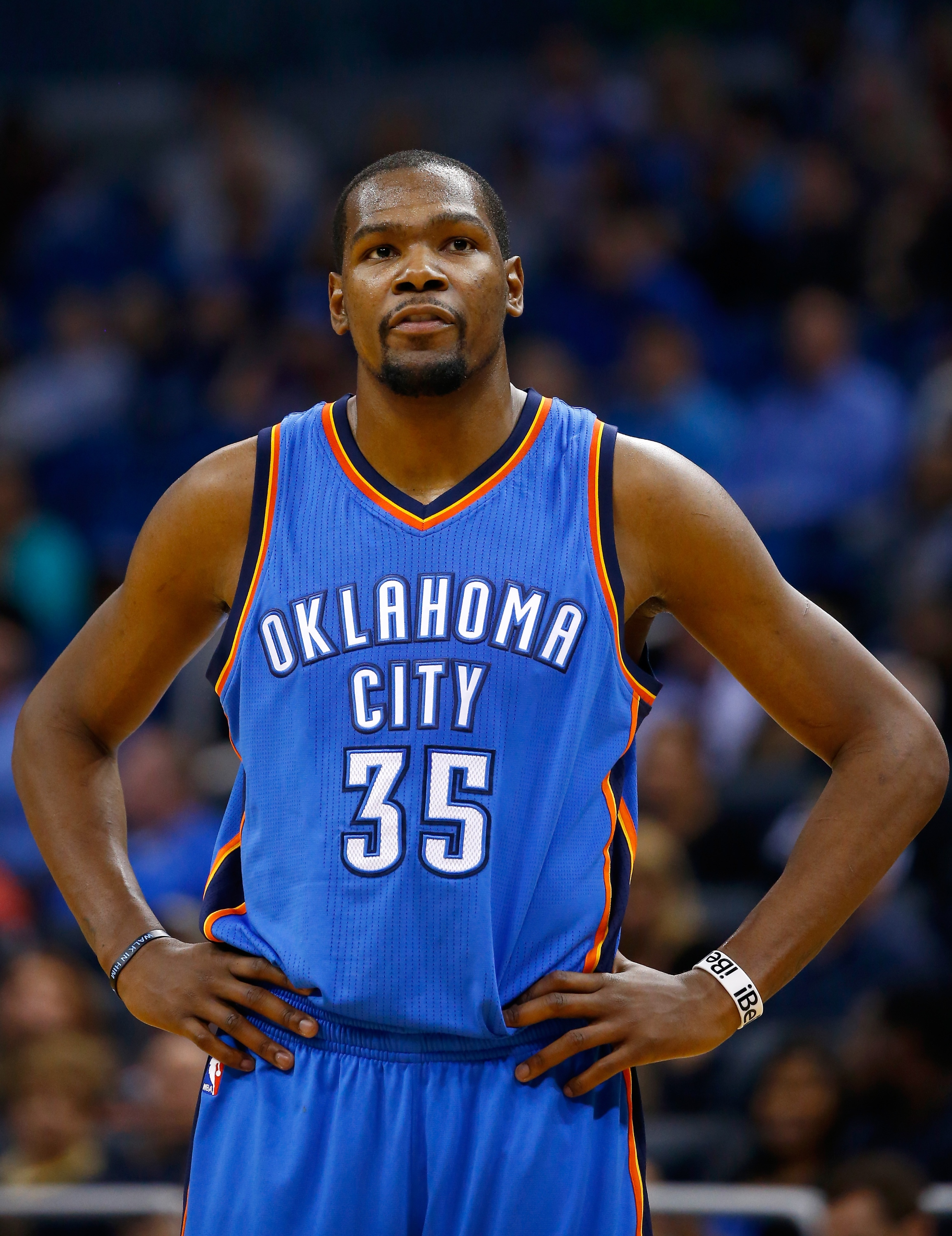 Kevin Durant says not to trust any free agent rumors this seaso…