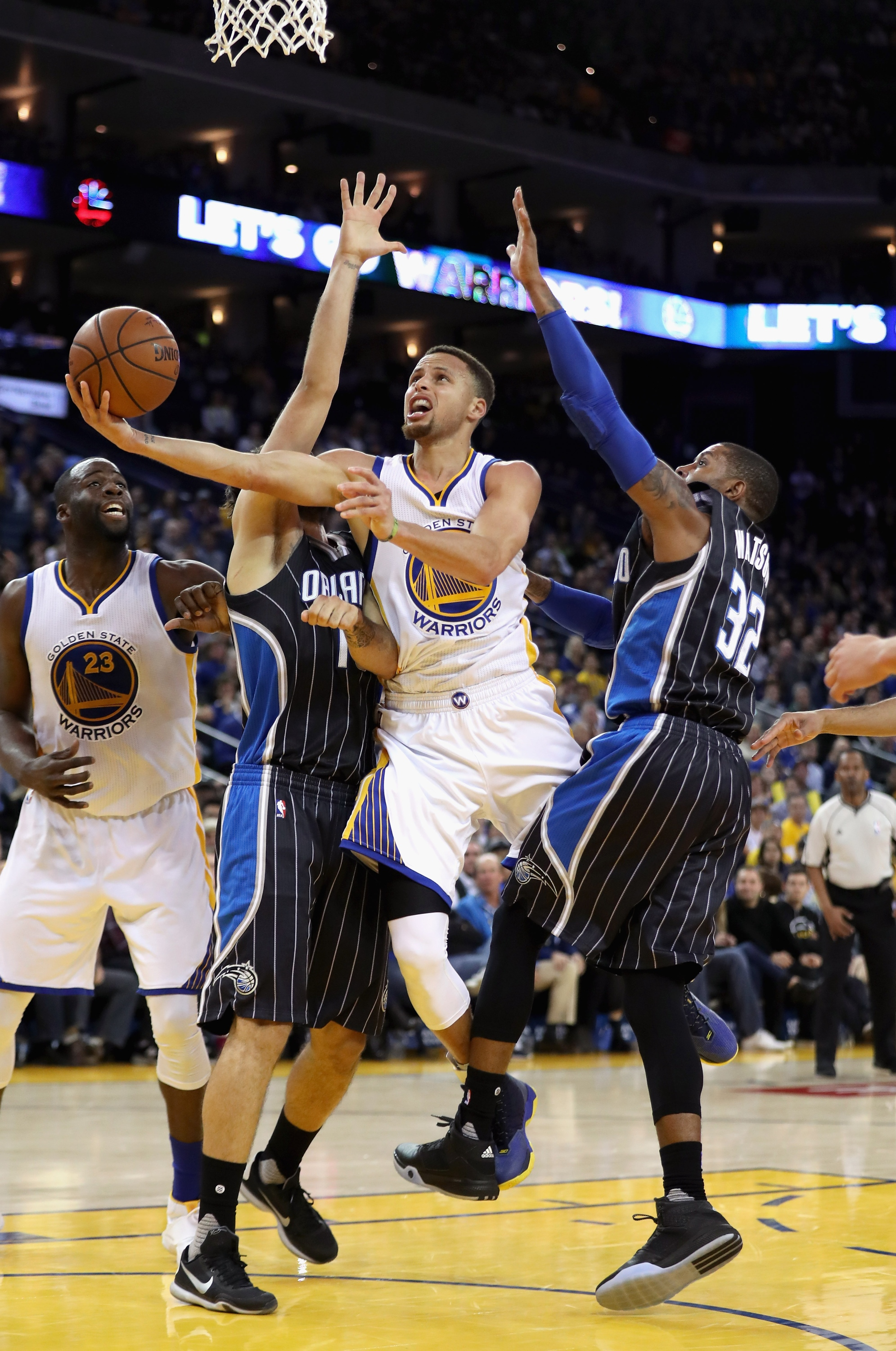 Warriors hold off Magic for record 45th home win in a row