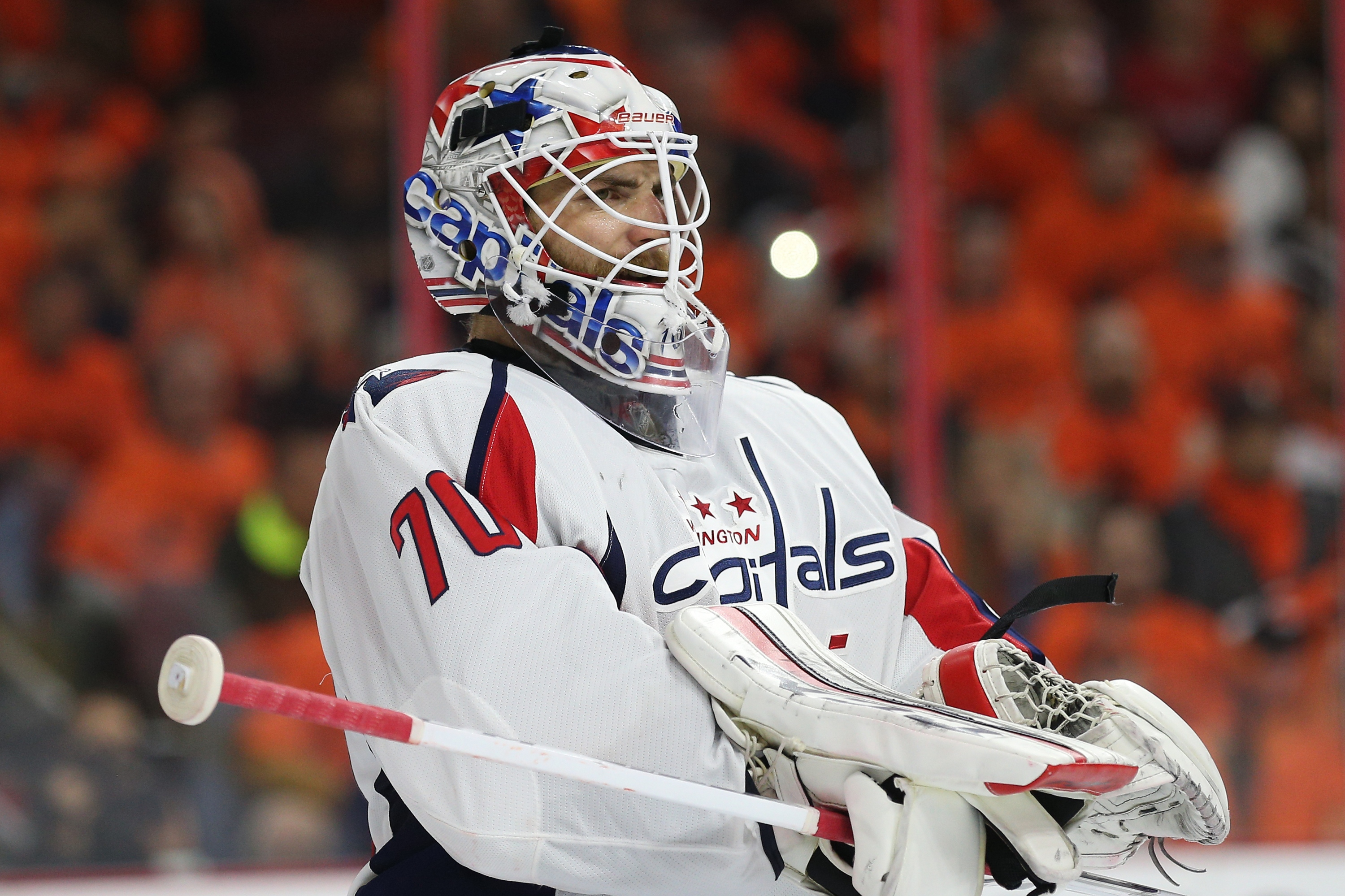 PHILADELPHIA, PA - APRIL 24: Goalie Braden Holtby #70 of the Washington Capitals looks on against the Philadelphia Flyers during the second period in Game Six of the Eastern Conference Quarterfinals during the 2016 NHL Stanley Cup Playoffs at Wells Fargo Center on April 24, 2016 in Philadelphia, Pennsylvania. (Photo by Patrick Smith/Getty Images)