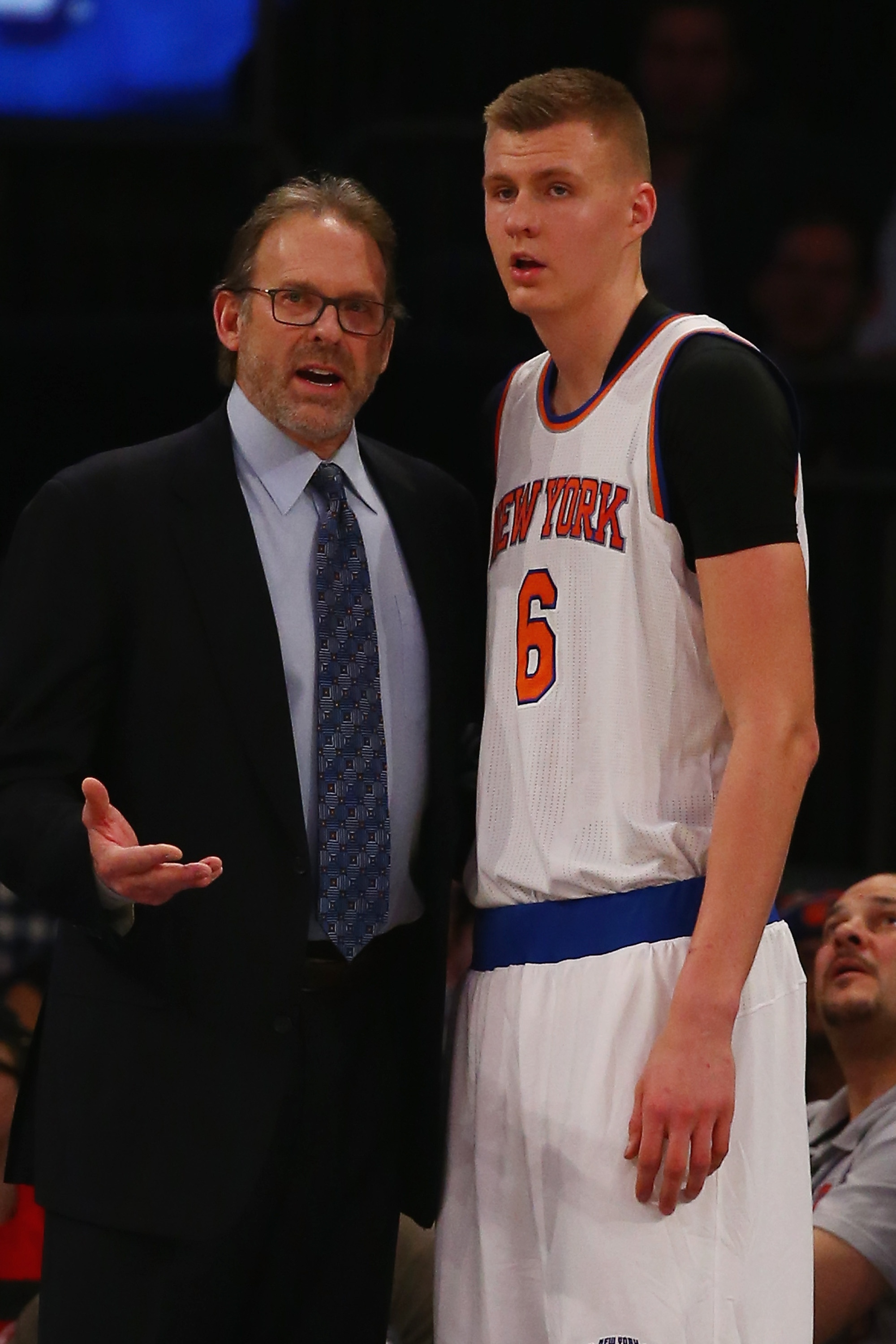 Knicks start slow, come up short at buzzer to Wiz in Rambis' de…