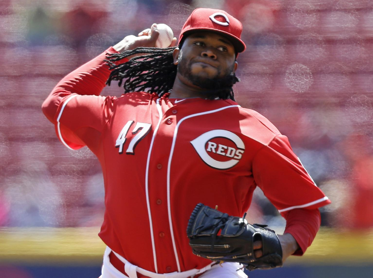Johnny Cueto gets drop on Pirates by throwing 3-hit, 12-K shuto…