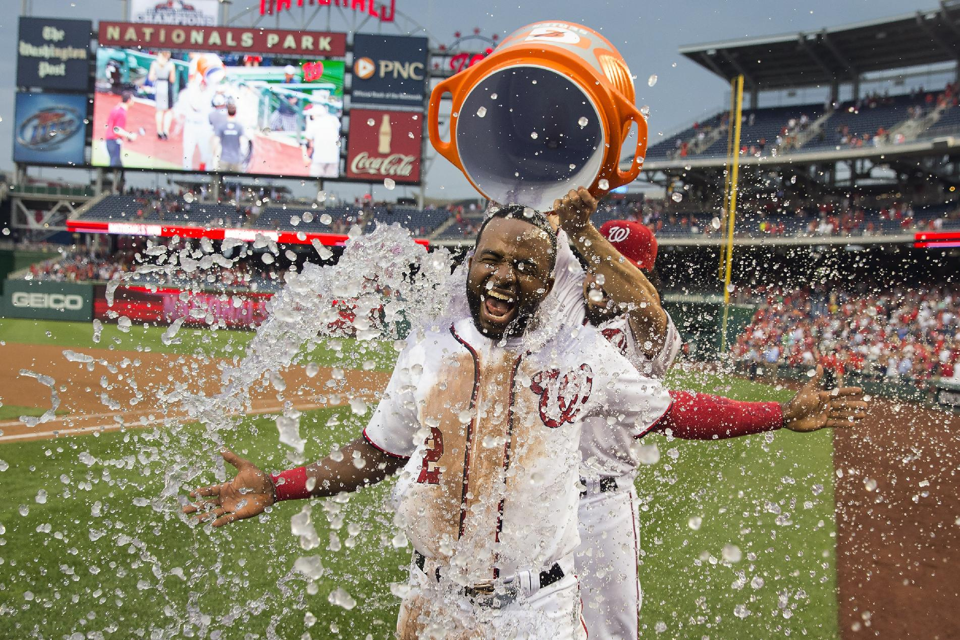 The magic continues: Nationals win 10th straight,this time on …