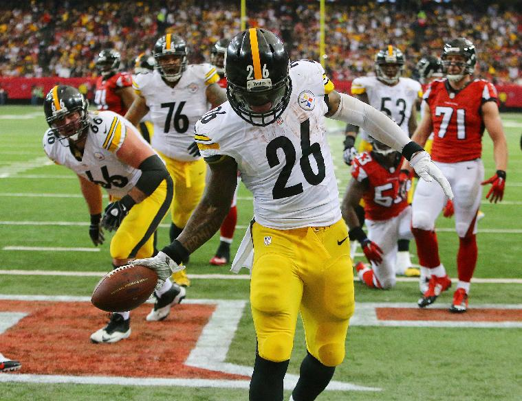 It was a banner year for Bells, and none was better than Le'Veon (AP Photo/Atlanta Journal-Constitution, Curtis Compton)