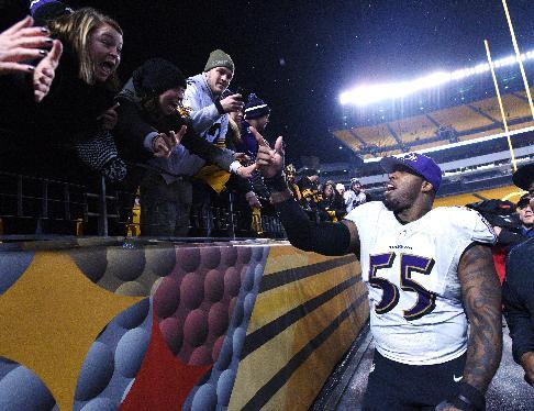 Terrell Suggs (AP Photo/Don Wright)