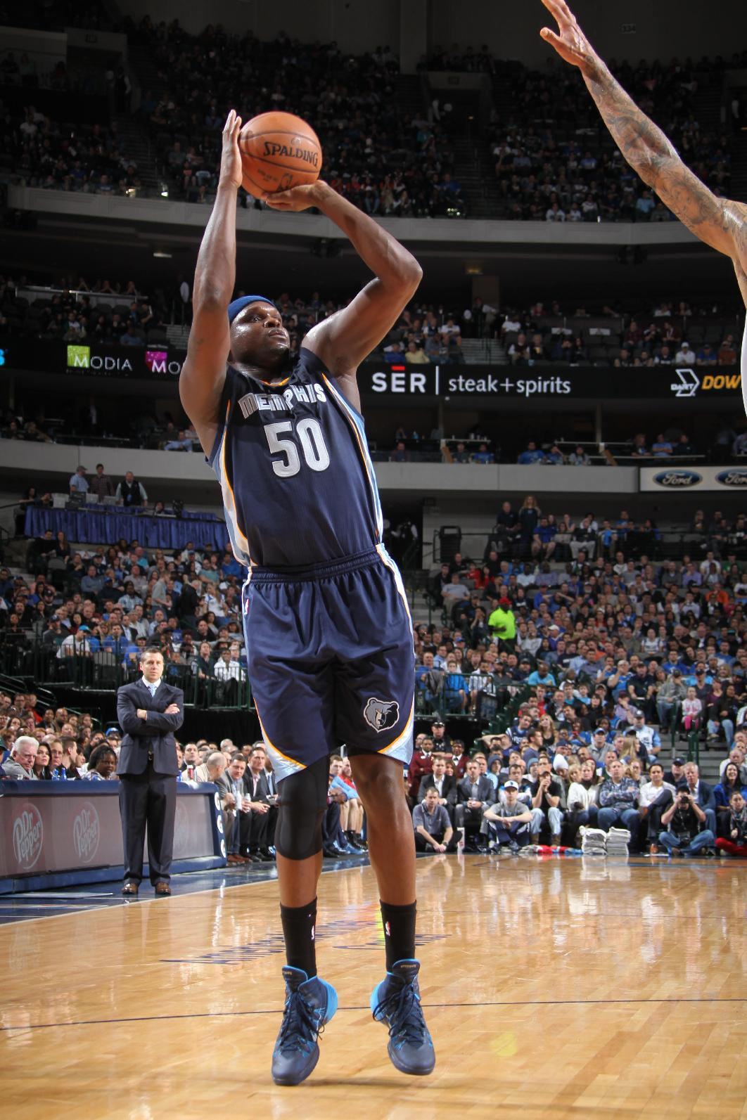 Grizzlies thump Mavs on road, think this is their year