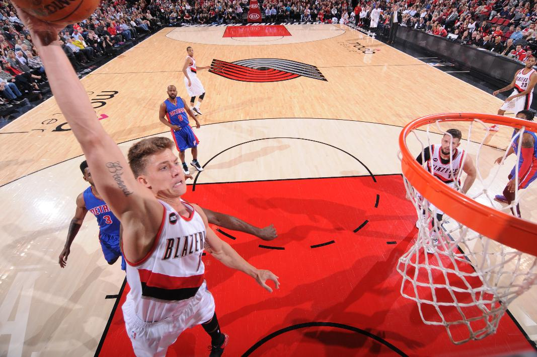 Meyers Leonard made a push for a payday in his third season. (Sam Forencich/NBAE/Getty Images)