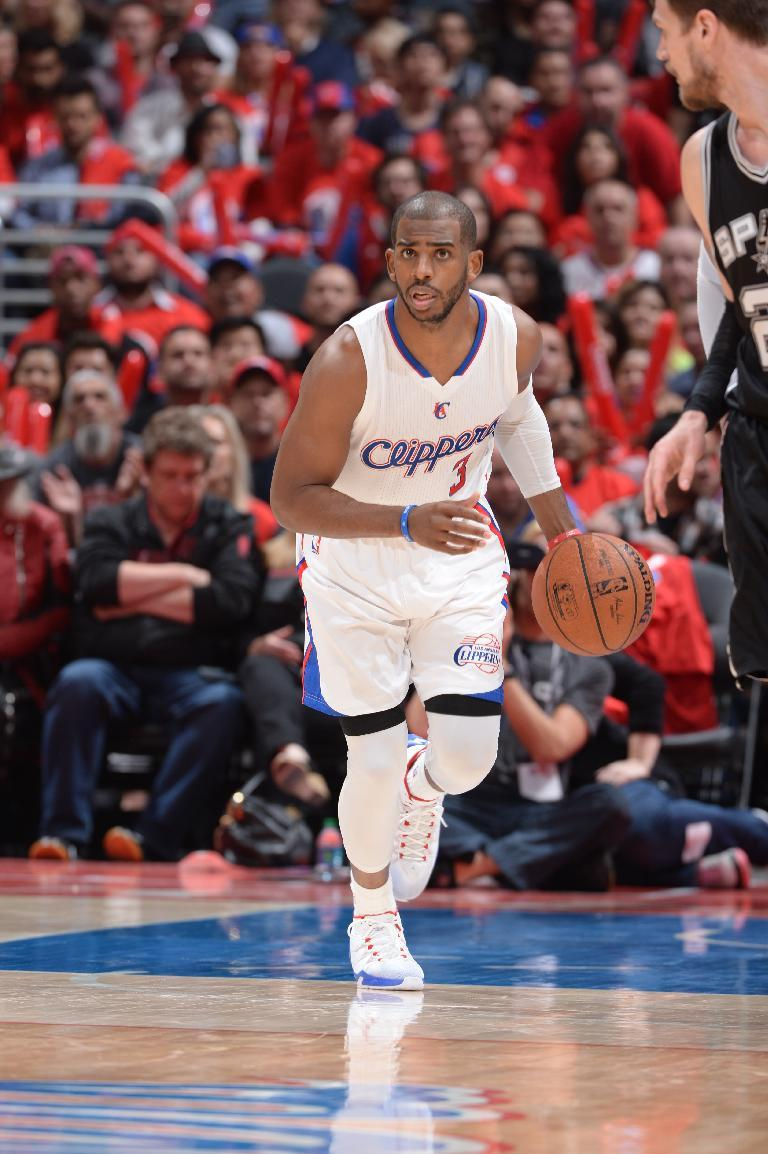 Paul and Griffin help Clippers pull away from Spurs for big Gam…