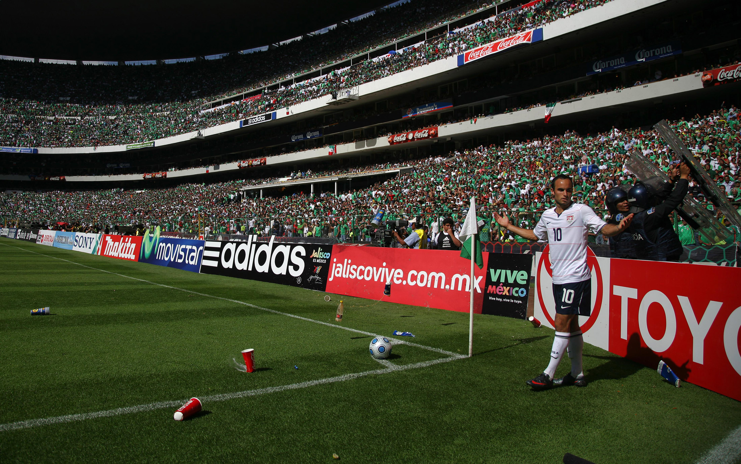 Landon Donovan has trash thrown on him at Azteco Stadium in 2009. (Getty Images)
