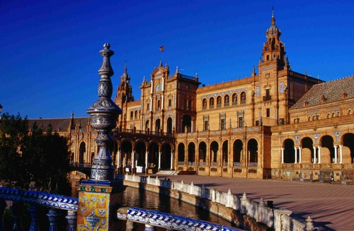 One of the cities favorite relaxation spots, Plaza de Espana has fountains, mini canals, row boats and traditional tile work
