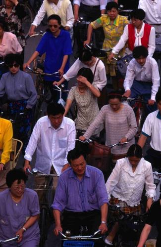 Peak hour bicycle traffic