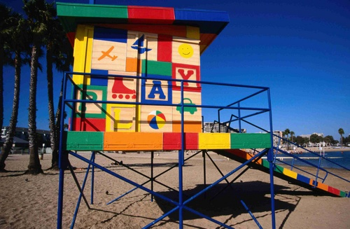 Mother's Beach Lifeguard tower - Los Angeles, California