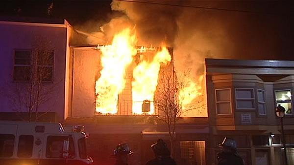 Two SF firefighters hurt in 4-alarm Bayview fire