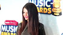Selena Gomez Insists She's Single and Available