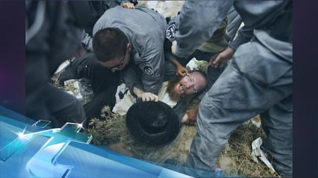 Ultra-Orthodox Jewish protesters: Israel housing project being built on Jewish graves