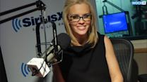 Jenny McCarthy Slams ''Crazy'' Rumor She Criticized Cousin Melissa McCarthy's Weight: ''I've Only Ever Encouraged Her''