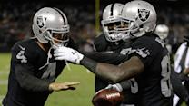 Oakland Raiders quarterback Derek Carr throws game-winning TD pass to wide receiver James Jones