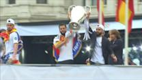 Ronaldo booed as Real Madrid returns with trophy