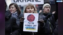 Analysts: Russia Unlikely To Pull Back In Crimea