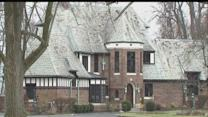 $1M in jewelry, $10K antique rifle stolen from Indianapolis home