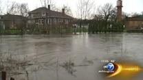 Cleanup begins for Albany Park residents after Chicago River overflows