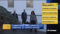 CNBC update: WH Christmas tree arrives