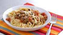 Quick Bolognese Italian Meat Sauce with Fettuccine