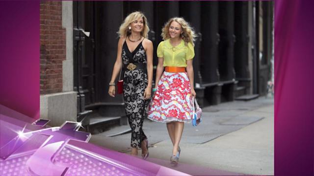 Entertainment News Pop: AnnaSophia Robb & Lindsey Gort In The City For Carrie Diaries Shoot!
