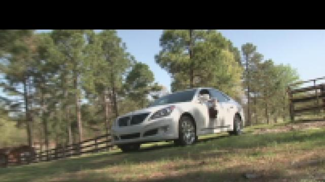 2012 Hyundai Equus: Motoramic TV