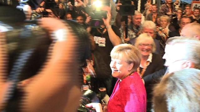 Merkel makes last-minute plea for votes