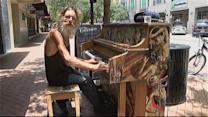 Homeless Man's Piano Skills Wow Passerby