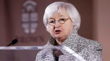 S&P 500 Tests 2400; Here's Why Fed Minutes Could Move Market