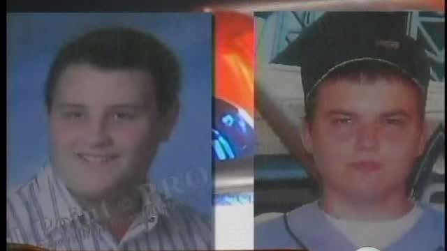 2 bodies found in field believed to be Westland teens