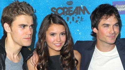 'Vampire Diaries' Dazzles The Fans