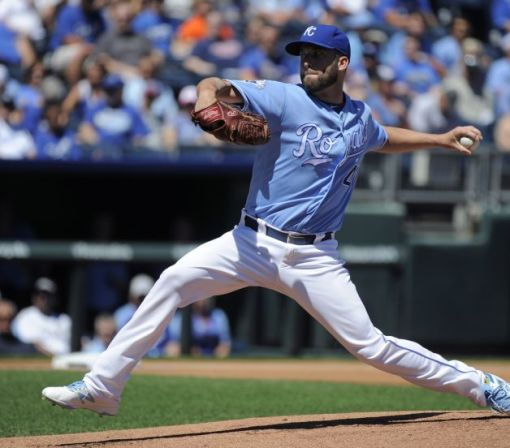 Danny Duffy dominates again, leads Royals to eighth straight win