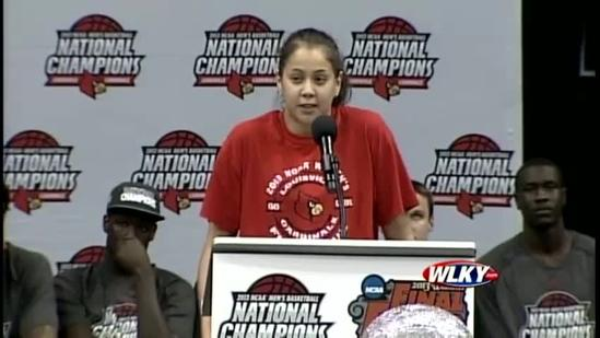 Lady Cards' Shoni Schimmel thanks fans for support