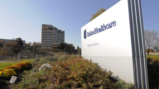 UnitedHealth ups 2016 outlook after surprisingly strong 1Q