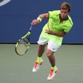 Raonic suffers shock second-round loss at U.S. Open