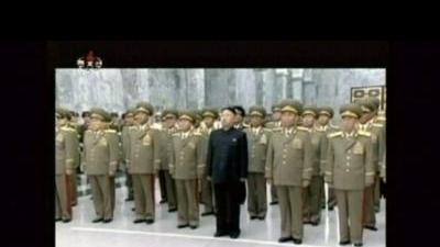 North Korean leader pays respect to founder ...
